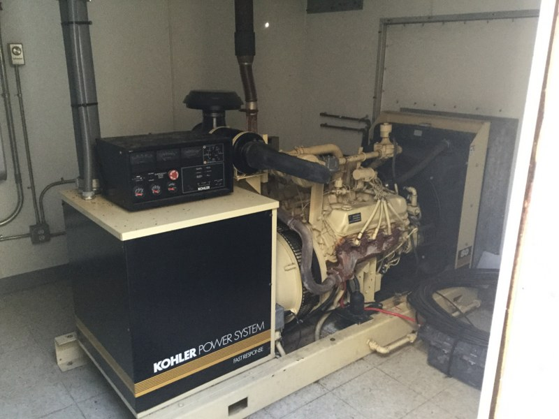used FWT 10x14 Lightweight Steel Generator Room-4014